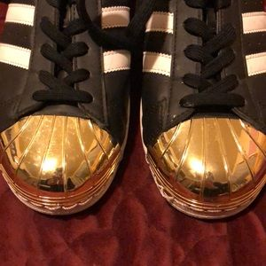 adidas Shoes - Adidas Superstar gold Toe *Like new*